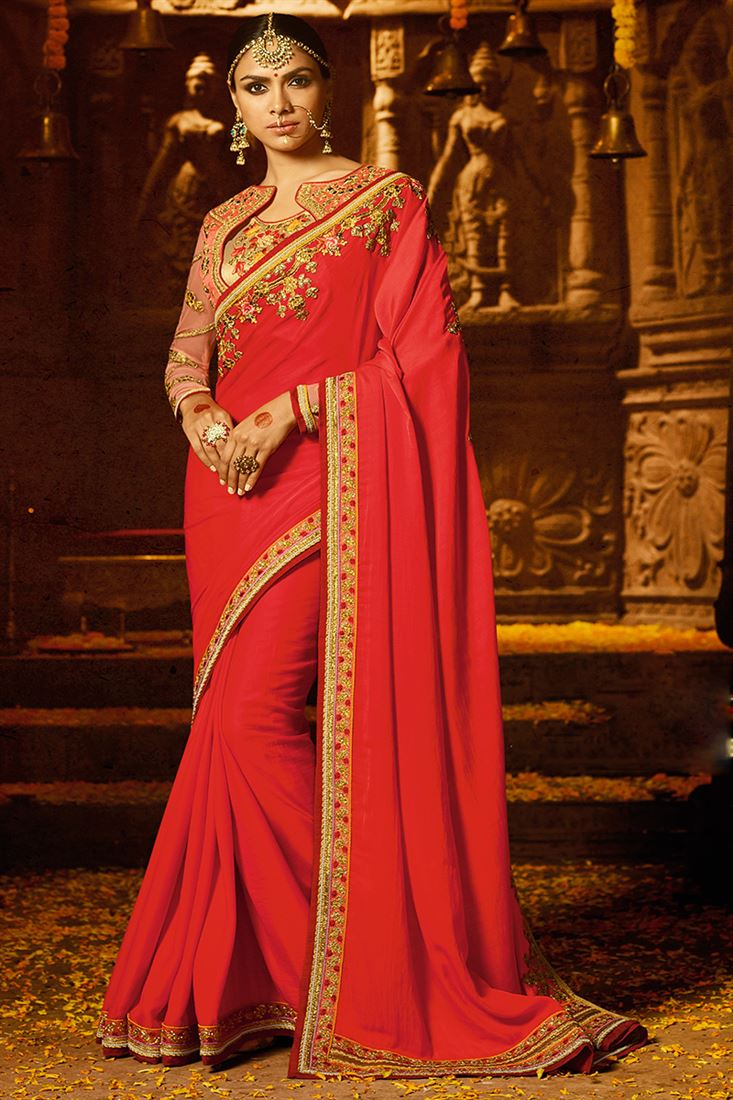 Red Colour Japan Crape Fabric Designer Party Wear Saree With Fancy Blouse